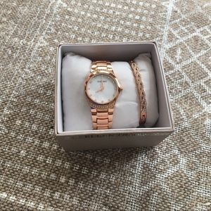 Ellen Tracy watch set